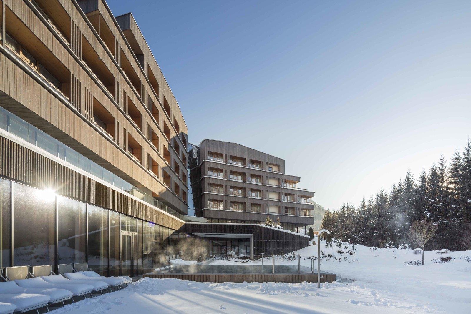 Falkensteiner Hotel Schladming****S - pályaszállás 1.500 m2-es ...