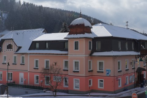 Haus-Winter-2.jpg