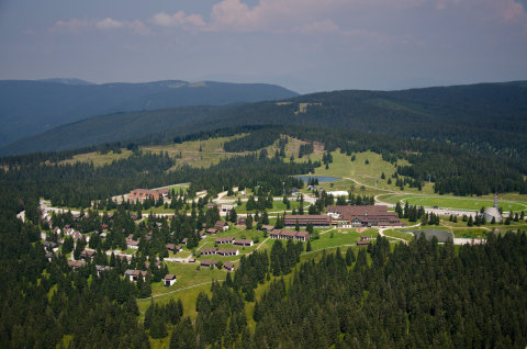 Rogla---panorama---whole-Rogla.JPG