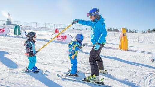 Snowboard kölcsönző szaknévsor - Snowboardkölcsönzők Magyarországon f3faf4a7cd