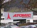 Atomic: tíz százalékos elbocsátás az enyhe tél miatt