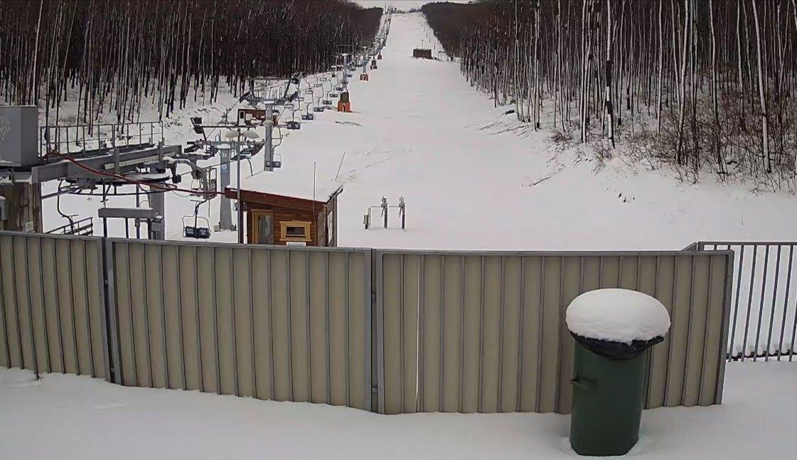 Áprilisi havazás: a Bakonyban 20-30 cm hó esett