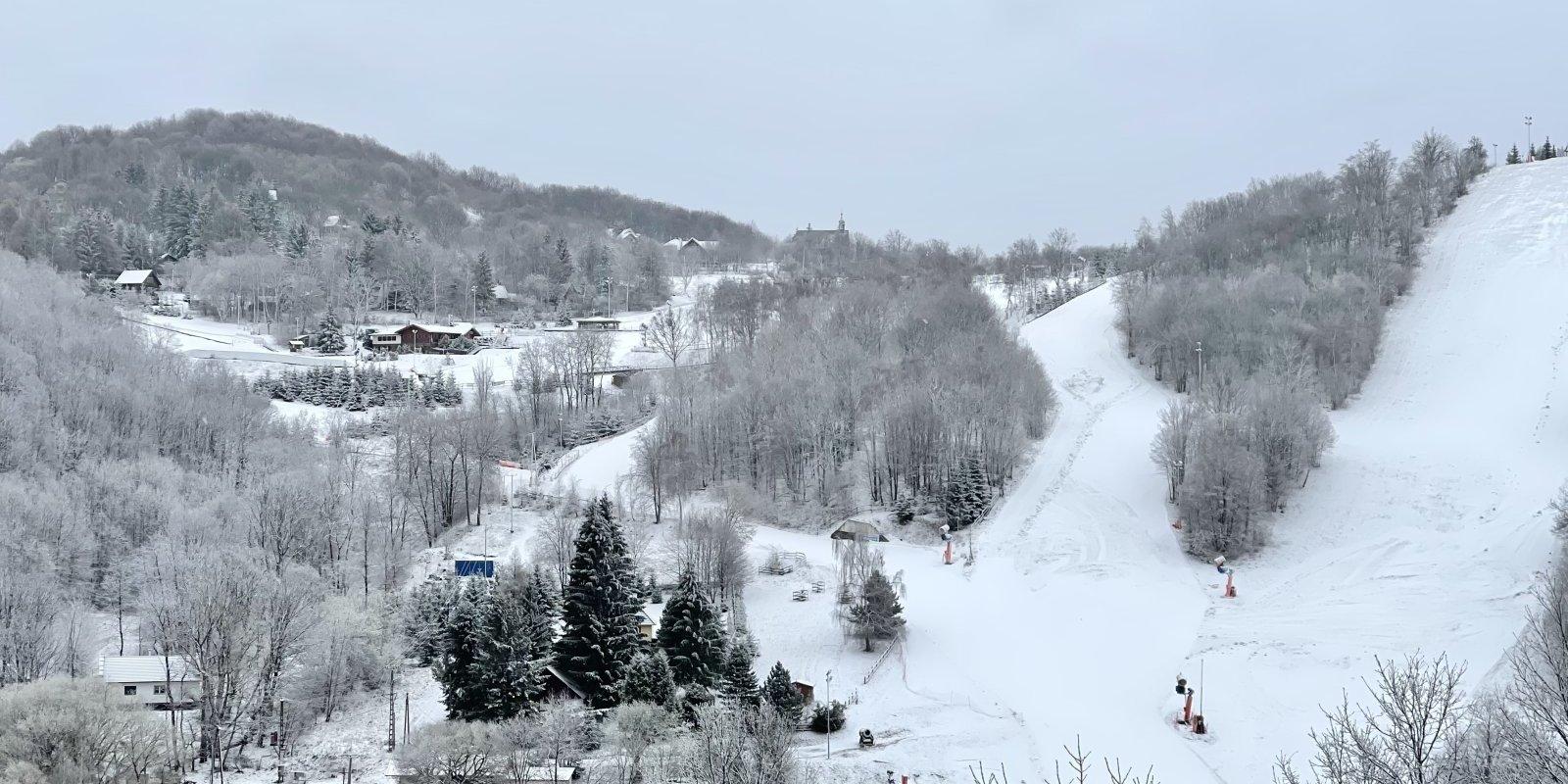 Friss hóban lehet síelni húsvét után Mátraszentistvánban