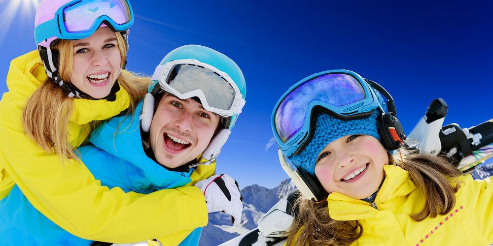 89653a3b1f Sí- és snowboard ruházat márkák: Helly Hansen, Spyder, Columbia ...
